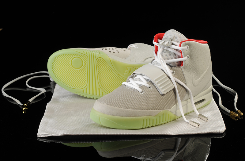 fb1daccb7 Discount Glow In The Dark Nike Air Yeezy 2  Wolf Grey Pure Platinum ...